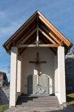 VILLANDERS, SÜD-TYROL/ITALY - 27. MÄRZ: Monument zu den Soldaten Lizenzfreies Stockfoto