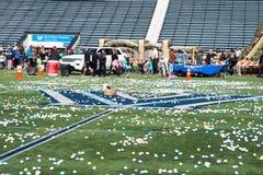 VILLANOVA, PA - 2 APRILE: Caccia dell'uovo di Pasqua ospiti di distretto di Radnor allo stadio di football americano dell'univers Fotografia Stock Libera da Diritti