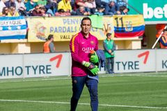 Claudio Bravo warms up prior to the La Liga match between Villarreal CF and FC Barcelona Stock Photography