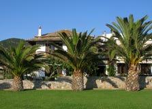 Villas de vacances sur l'île de Skopelos, Grèce Photographie stock libre de droits