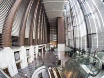 VillaspringbrunnShiodome hotell på Tokyo, Japan royaltyfria foton