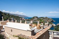 Villaterras in Taormina, Sicilië, Italië Stock Afbeelding