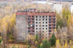 Ville abandonnée Pripyat dans le secteur Ukraine du ` s de Chernobyl Zone d'exclusion du haut bâtiment vide photo libre de droits