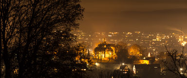 Ville Allemagne de Siegen la nuit Photographie stock libre de droits