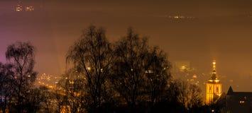 Ville Allemagne de Siegen la nuit Photos stock