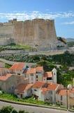 Ville antique Bonifacio en Corse Photos stock