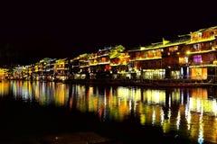 Ville antique de Fenghuang, comme ville historique et culturelle nationale, la première série de comtés de touristes forts en Chi photos stock