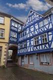 Ville antique Seligenstadt, Allemagne Rue de la vieille ville fléau Photo libre de droits