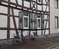 Ville antique Seligenstadt, Allemagne Rue de la vieille ville fléau Photos libres de droits