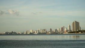 Ville avec des gratte-ciel et des bâtiments Philippines, Manille, Makati Images stock