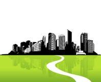 Ville avec l'herbe verte. Photographie stock libre de droits
