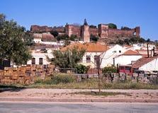 Ville avec le château, Silves, Portugal. Image libre de droits