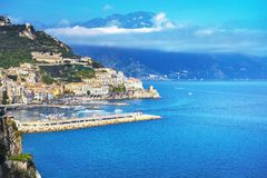 Ville d'Amalfi et côte, vue panoramique l'Italie image stock