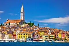 Ville d'architecture de Rovinj et de vue antiques de bord de mer Photo libre de droits