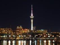 Ville d'Auckland la nuit Photos libres de droits