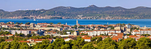 Ville dalmatienne de vue panoramique de Zadar Images stock
