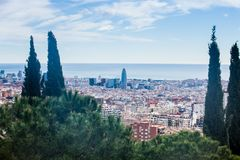 Ville de Barcelone vue du parc Guell photo stock