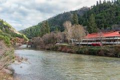 Ville de Belden sur la rivière de plume Image stock