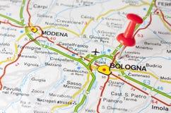 Ville de Bologna sur une carte de route Photo stock