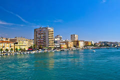 Ville de bord de mer et de port de Zadar Images libres de droits