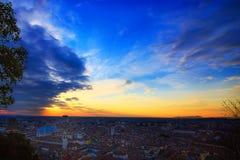 Ville de Brescia, Italie Panoramique sur le coucher du soleil Images stock
