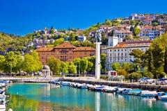 Ville de delta de Rijeka et de vue de trsat images stock