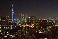 Ville de Fukuoka la nuit Photographie stock