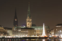 Ville de Hambourg la nuit Photographie stock