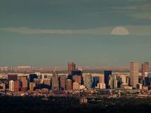 Ville de haut de mille de Denver par nuit Images libres de droits