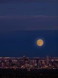 Ville de haut de mille de Denver par nuit Images stock