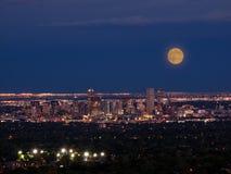 Ville de haut de mille de Denver par nuit Photos libres de droits