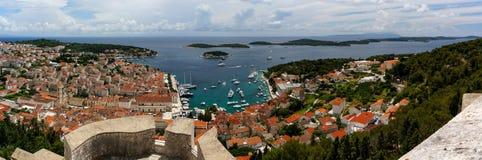 Ville de Hvar et îles de Paklinski, Croatie Photos stock