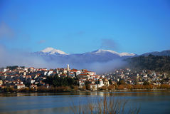 Ville de Kastoria Photos libres de droits