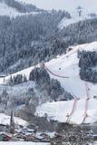 Ville de Kitzbuhel en hiver Photographie stock libre de droits