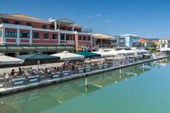 VILLE DE LEUCADE, GRÈCE LE 17 JUILLET 2014 : Vue panoramique de ville de Leucade, Grèce Photo libre de droits