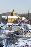 Ville de Loket en hiver, République Tchèque Photo stock