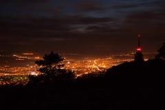 Ville de Nitra la nuit Image stock