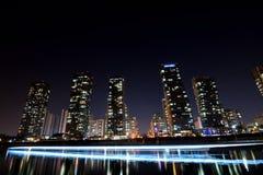 Ville de nuit Photos libres de droits