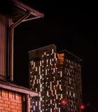 Ville de nuit Tampere, Finlande Photographie stock libre de droits