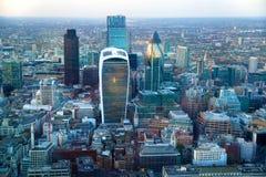 Ville de panorama de Londres au coucher du soleil Photographie stock
