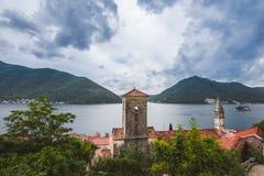Ville de Perast sur la baie de Kotorska dans Monténégro Photo libre de droits