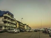 Ville de Pinamar au coucher du soleil Photographie stock