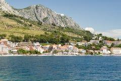 Ville de Podgora en Croatie Images libres de droits