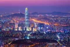 Ville de Séoul et horizon du centre et gratte-ciel, Corée du Sud Image stock
