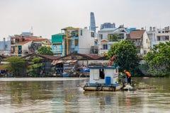 Ville de Saigon Ho Chi Minh de décapants de rivière photos libres de droits