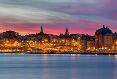 Ville de Stockholm d'image de nuit avec le beau ciel images libres de droits