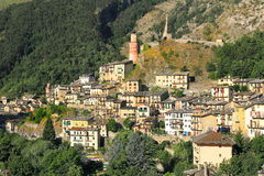 Ville de Tende, France. Photo stock