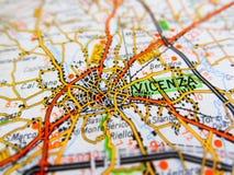 Ville de Vicence au-dessus d'une carte de route ITALIE Images libres de droits