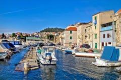 Ville de vieux port de pêcheurs de Sibenik Photo libre de droits