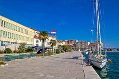 Ville de vue de bord de mer de Sibenik Image stock